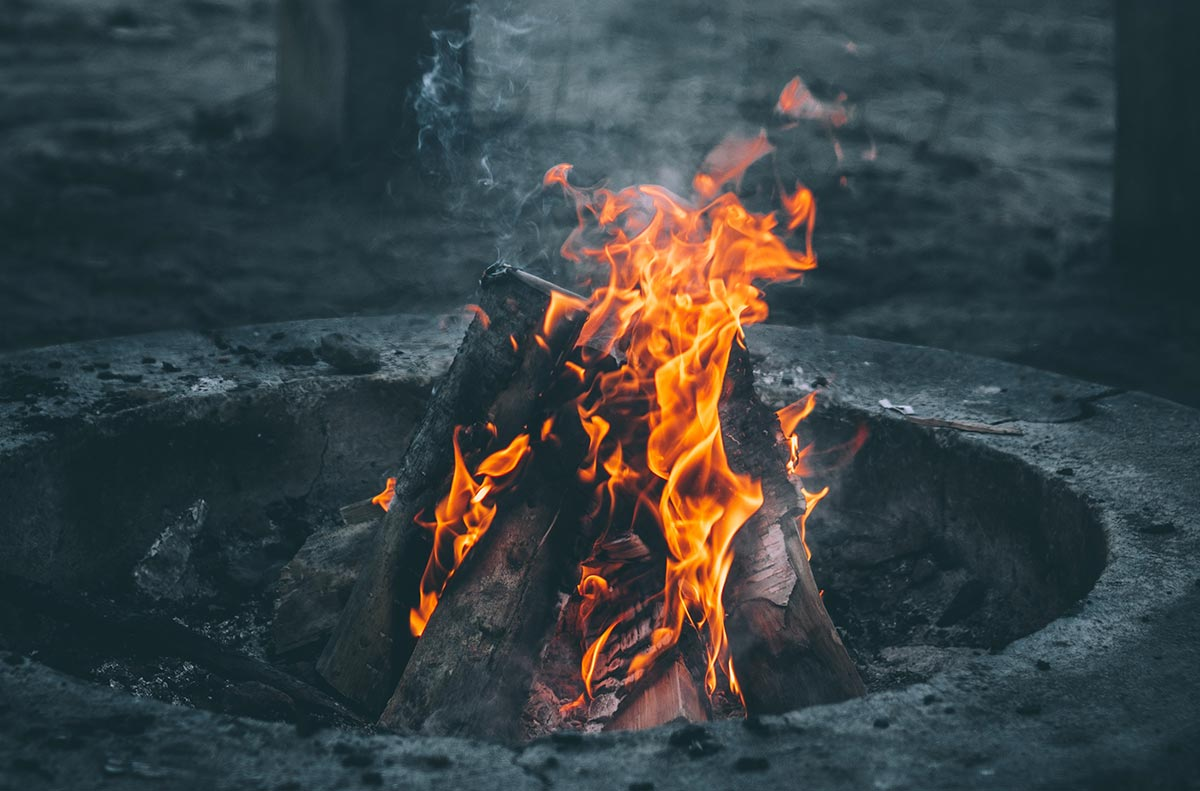 How To Build A Perfect Campfire Best Ways To Build A
